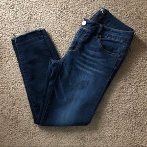 Excellent condition Cut off skinny jeans